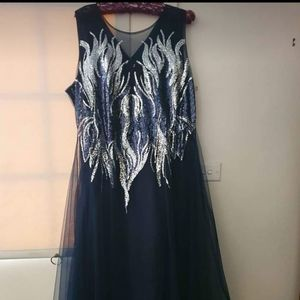 Brand new women's formal dress size 24